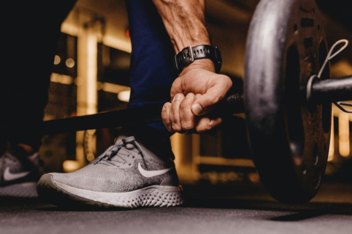 (6 Ways to Find the Right Balance Between Fitness and Work. Credit: Unsplash)